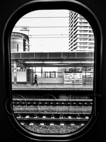 FAST TRAIN WINDOW TOKYO