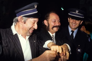 FOC KAN© Serge Gainsbourg Arrest
